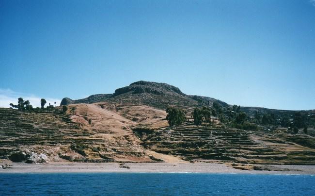 10. Insula Amantani