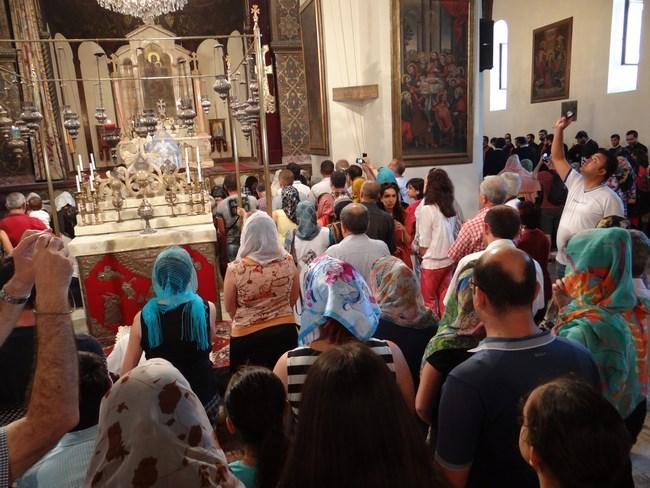 10. Slujba armeaneasca