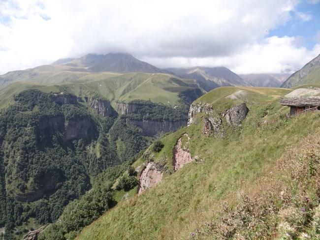 12. Caucaz