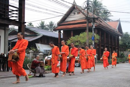 08. Alms ceremony in Luang Prabang