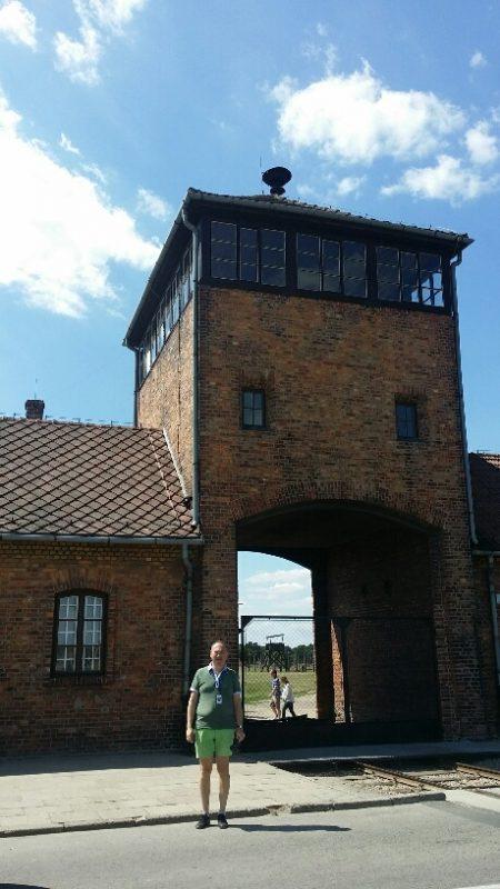 10. Auschwitz