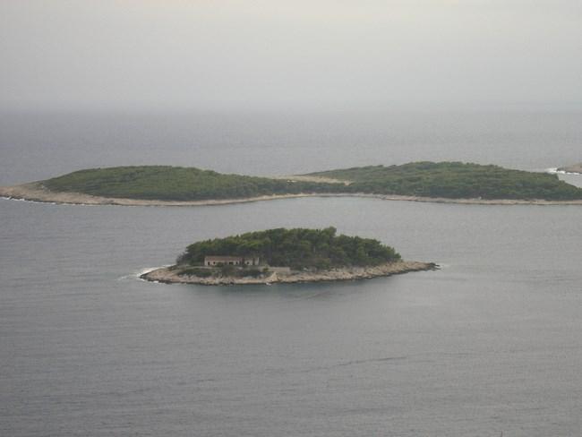 10. Insule langa Hvar