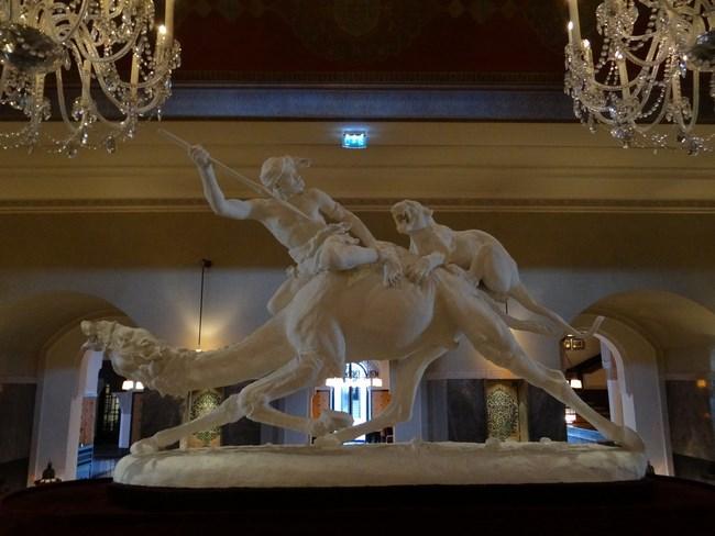29. Statuie in La Mamounia
