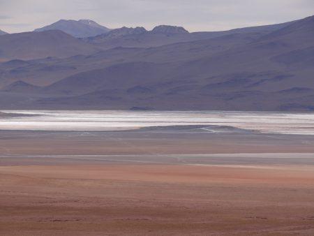 08. Laguna colorata
