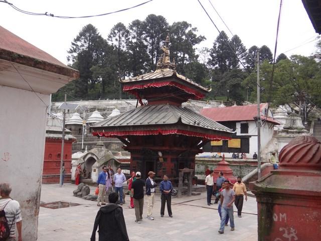 09. Templu hindus