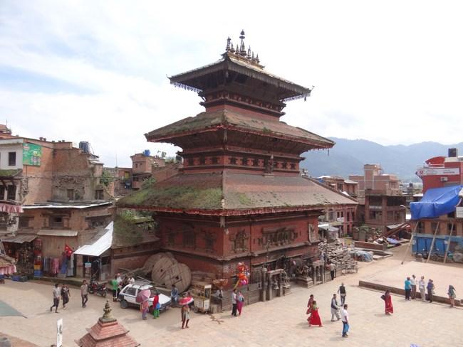 11. Templu in piata din Bhaktapur