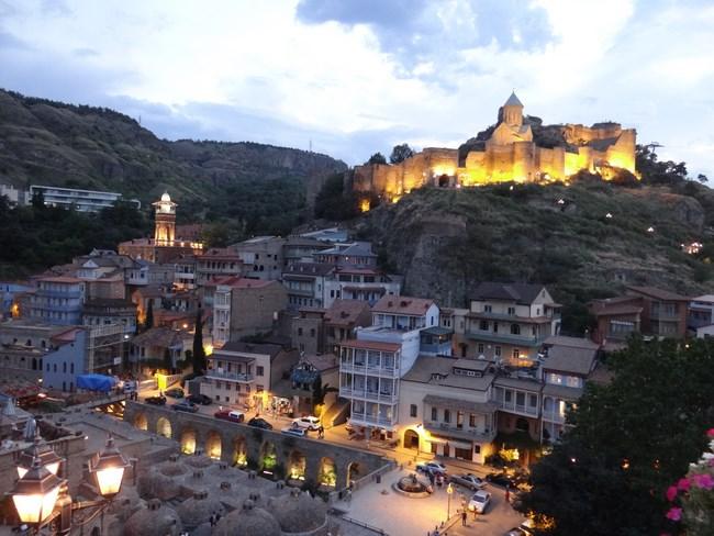 04. Tbilisi noaptea