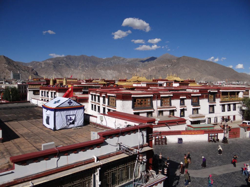 11. Ocupatia chineza in Tibet
