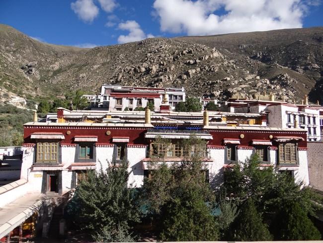 23. Manastirea budista Drepung