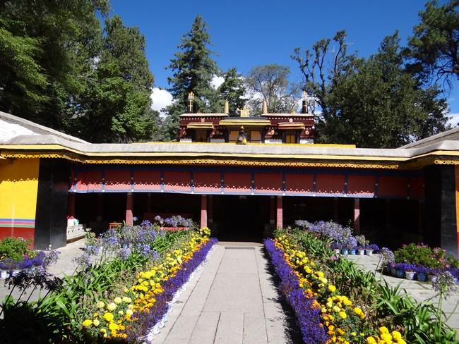 27. Palatul de vara al lui Dalai Lama