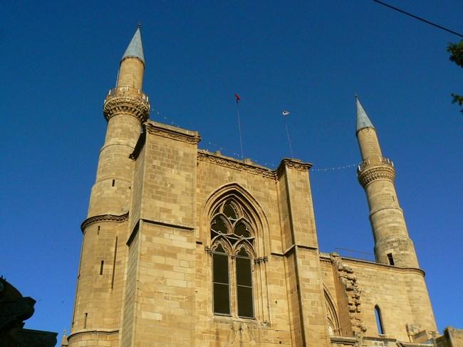 01. Moscheea din Nicosia