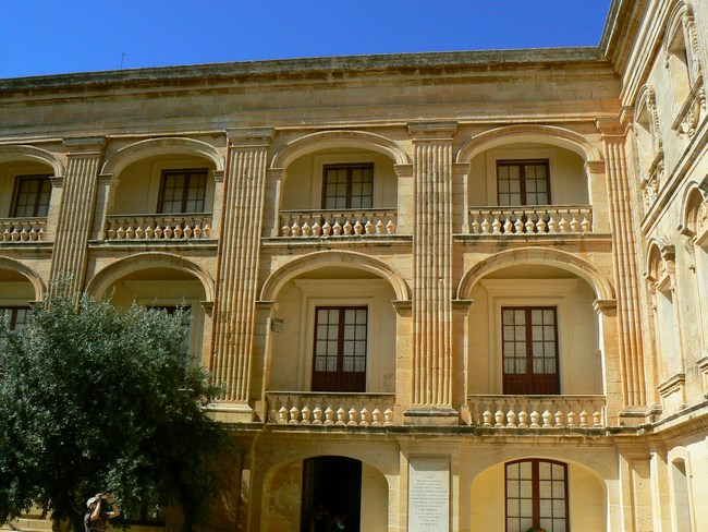 04. Palat din Mdina, Malta
