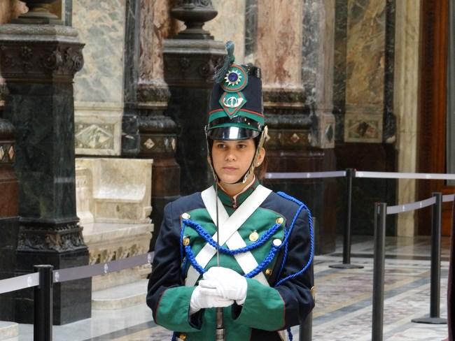 05. Garda Parlament Uruguay