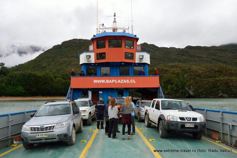 15. Ferry Puerto Yungay Rio Blanco