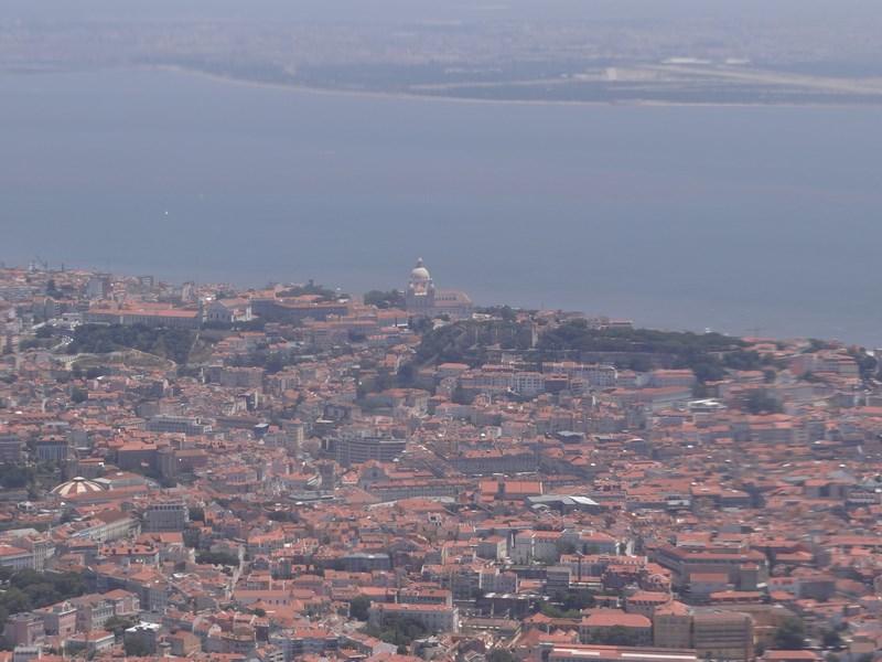 01. Aterizare la Lisabona (Copy)
