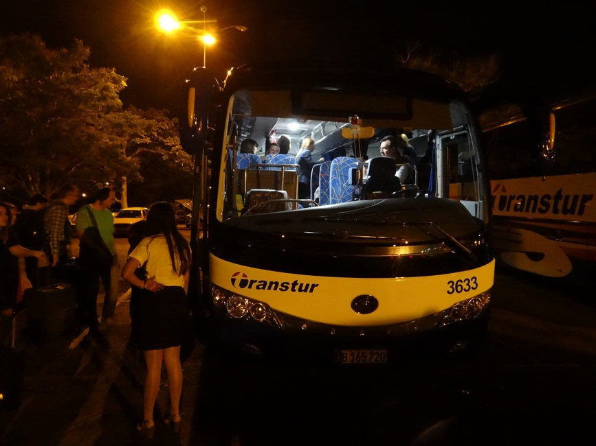 07. Autobuz chinez in Cuba