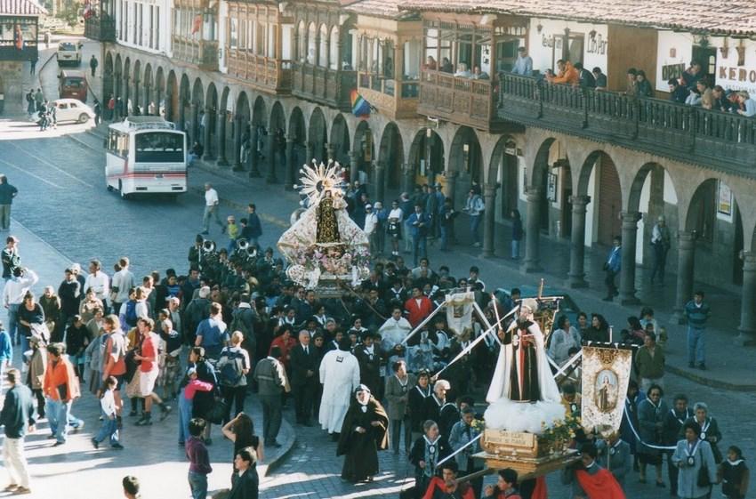 08. Procesiune Cuzco