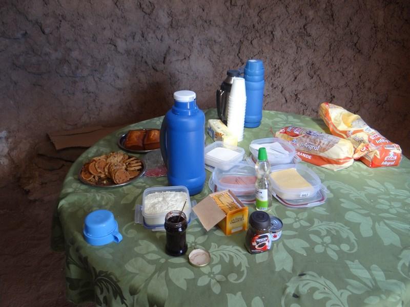 13. Mic dejun in frontiera