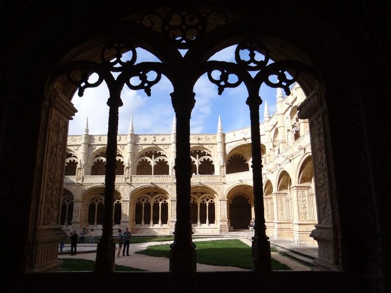 14. Manastirea Jeronimos - Lisabona