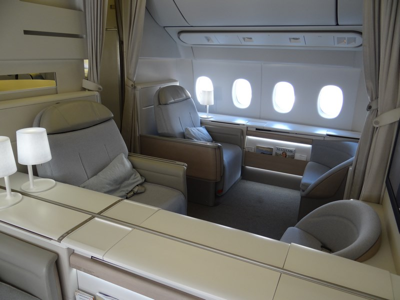 16 Air France First Class