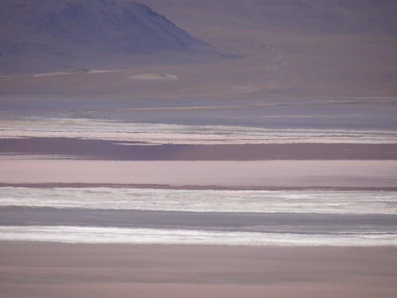 19. Laguna colorata