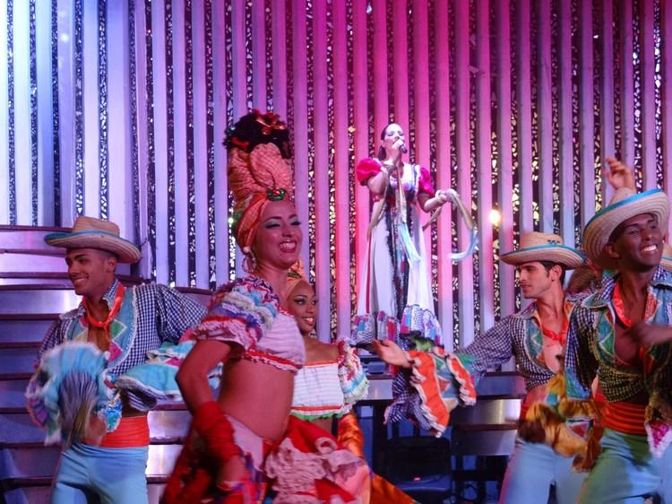 27. Cabaret Parisienne - Havana