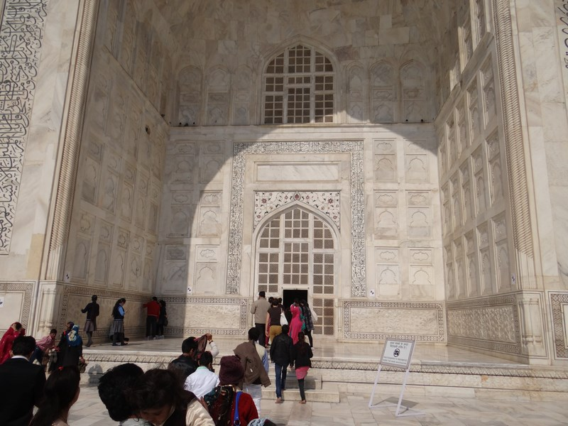 03. Intrare in Taj Mahal