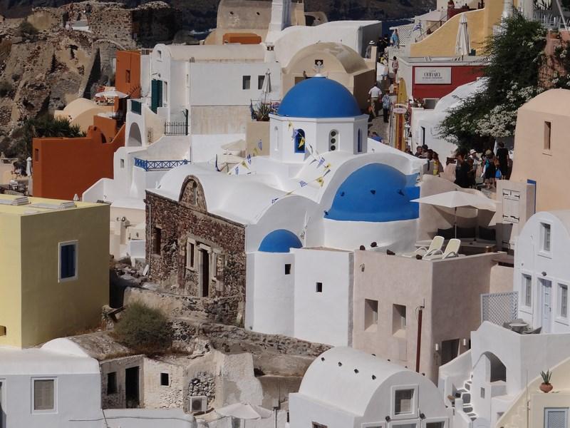 05. Case albe Santorini