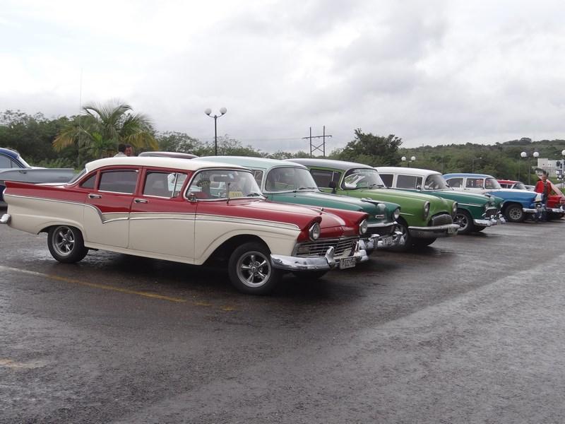 05. O parcare in Cuba