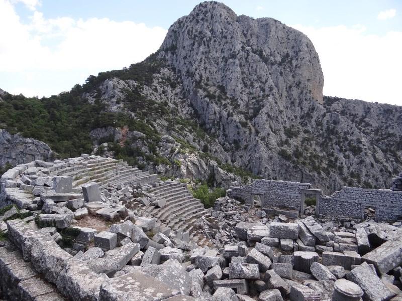 12. Teatrul din Termessos