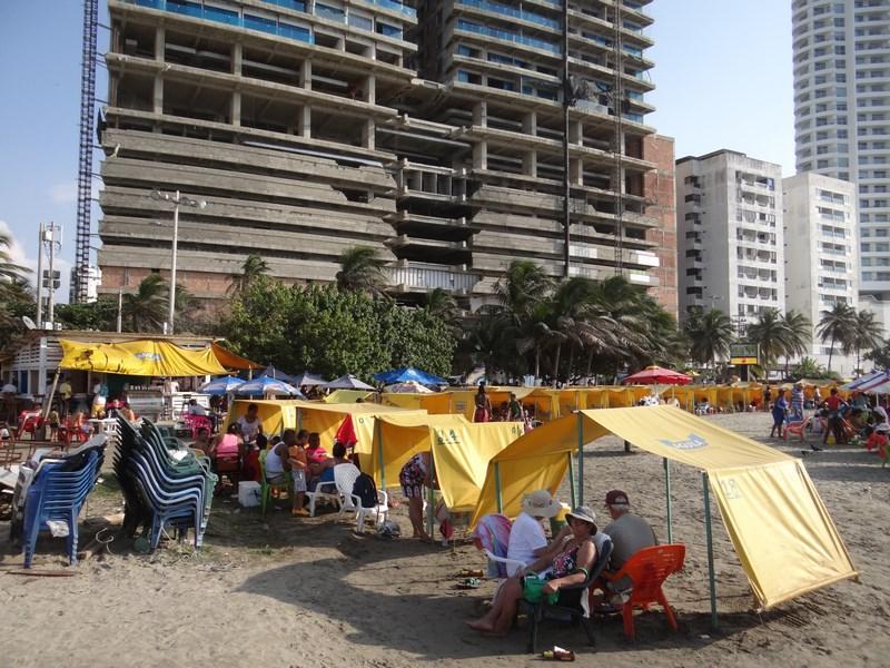 29. Beach lounge