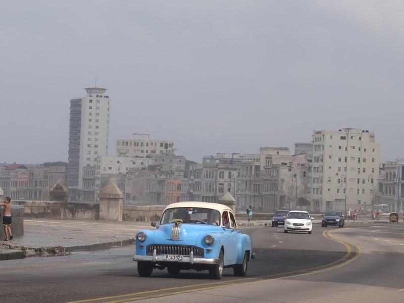 30. Masini de epoca Havana