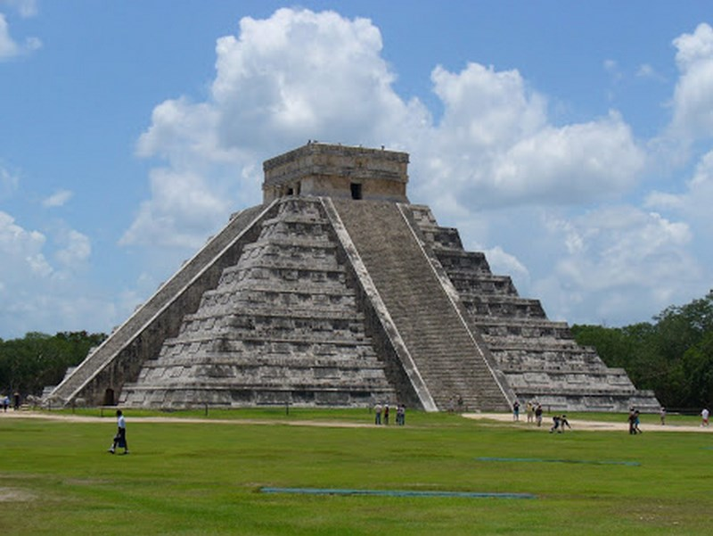 02.  Chichen Itza Mexic (Copy)