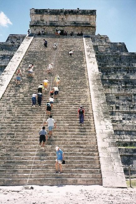 05. piramida Kukulcan din Chichen Itza (Copy)