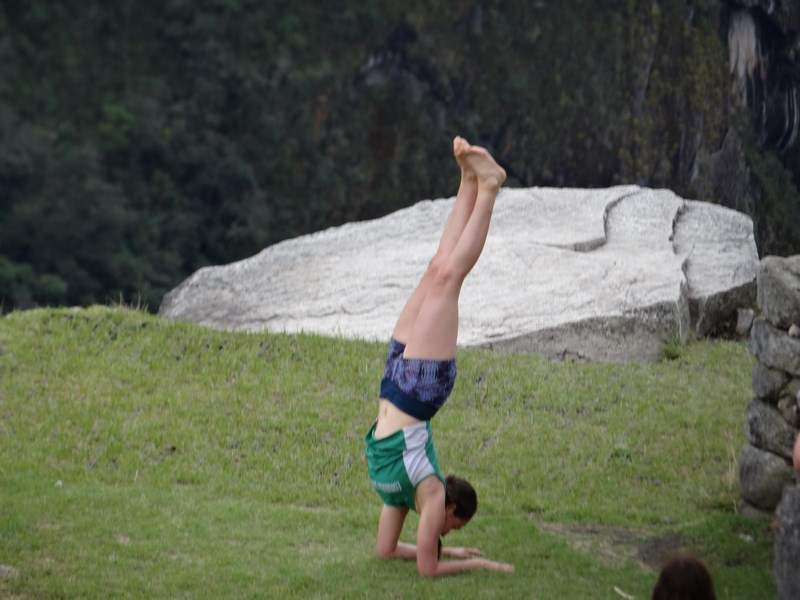 09. Yoga la Machu Picchu