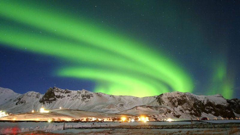 16. Aurora Boreala Islanda