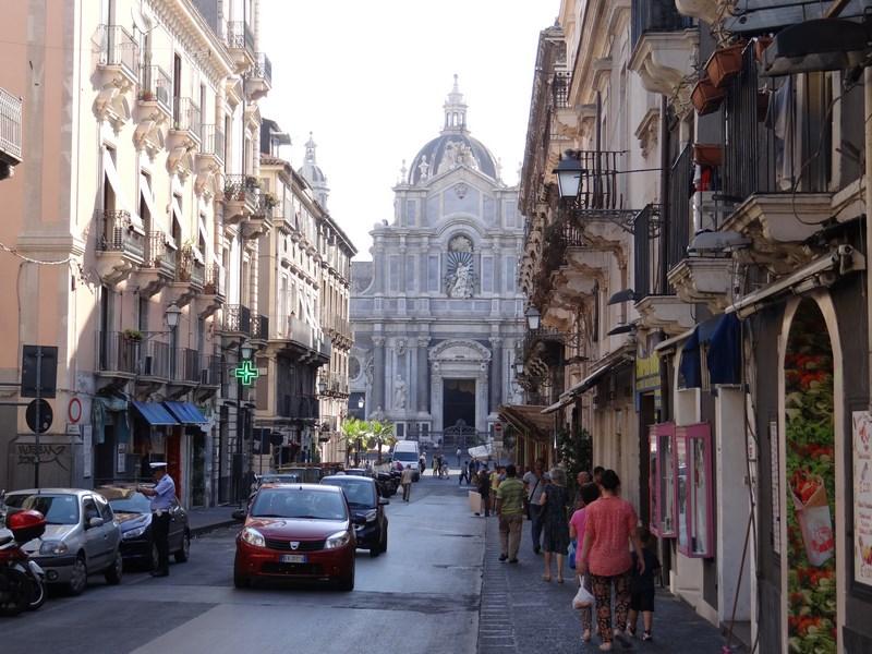 03. Strazile din Catania