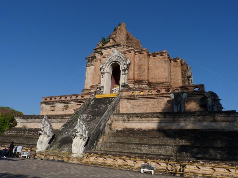 04. Wat Chedi Luang Chiang Mai