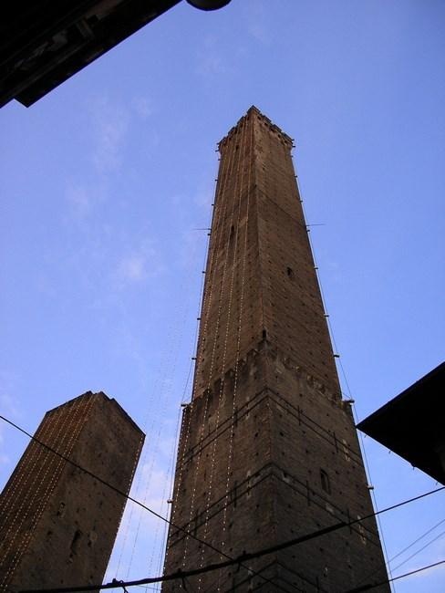 05. Bologna, cele 2 turnuri