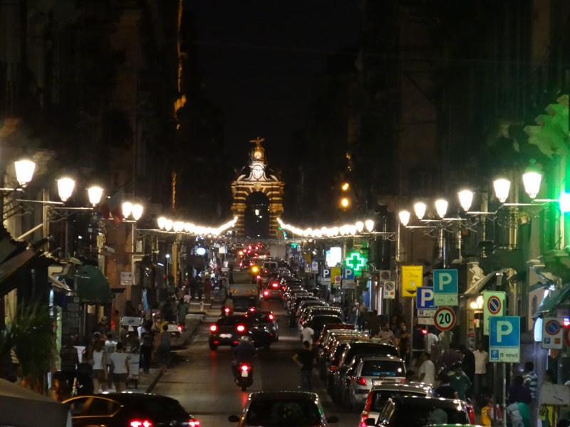 06. Catania by night