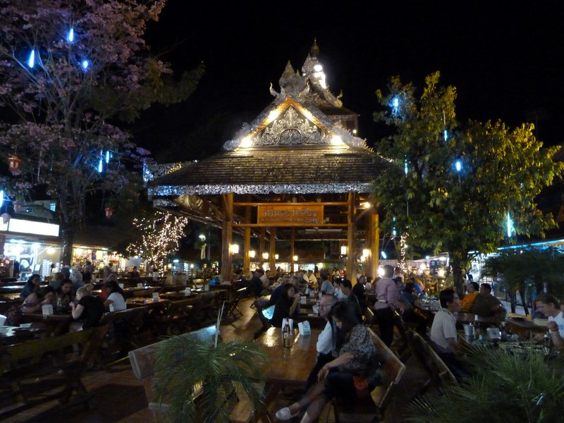 08. Night market - Chiang Rai