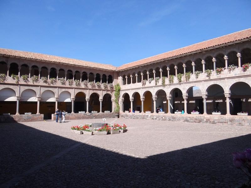 10. Manastire Cuzco