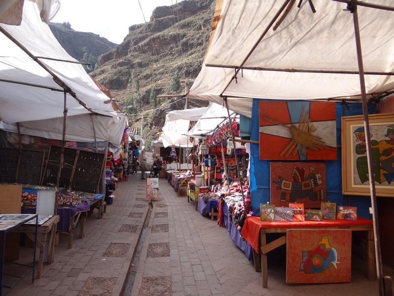 14. Pisac market