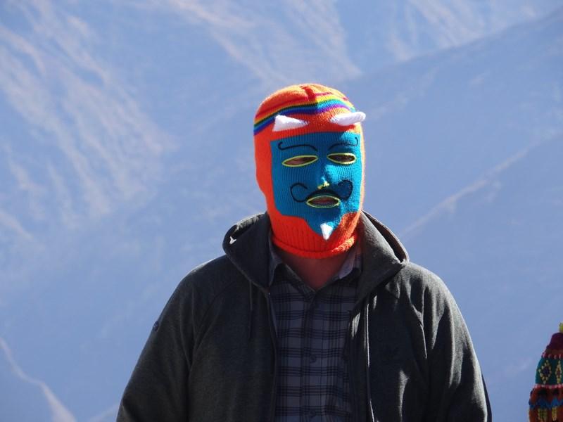 18. Caciula Peru