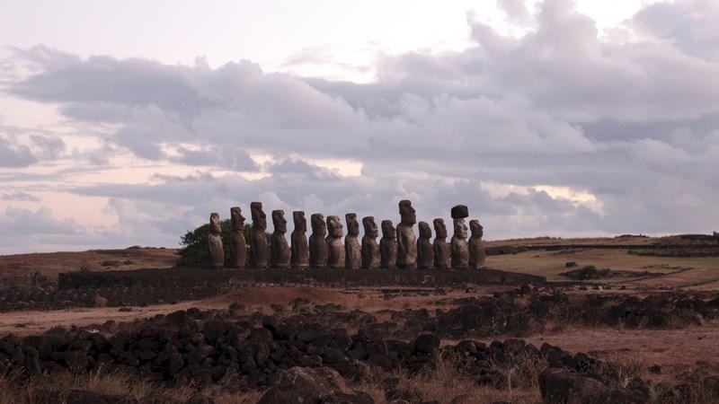 21. Ahu Tongariki - Insula Pastelui