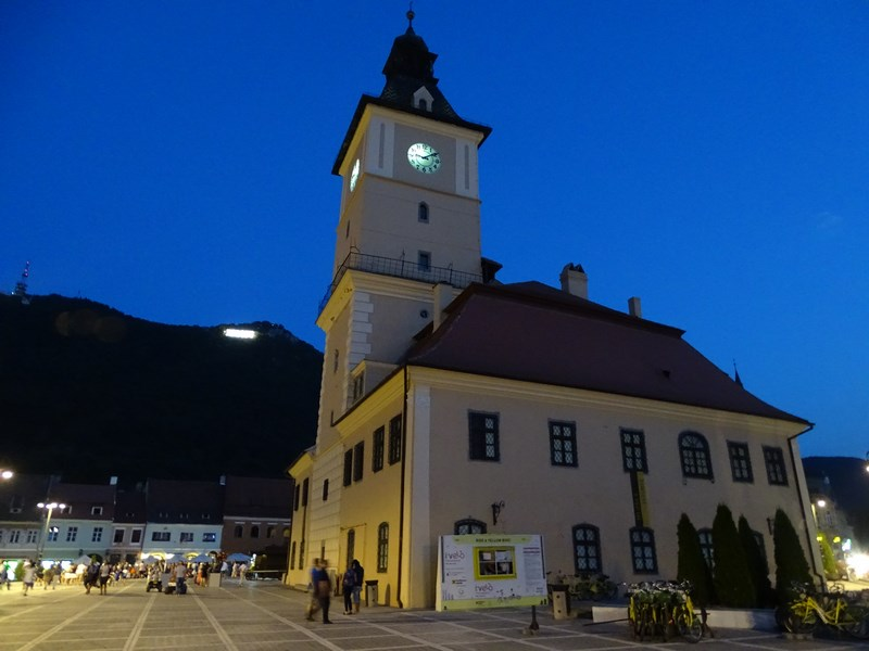 24. Brasov by night