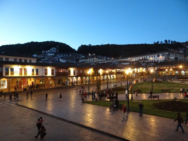 30. Plaza de Armas