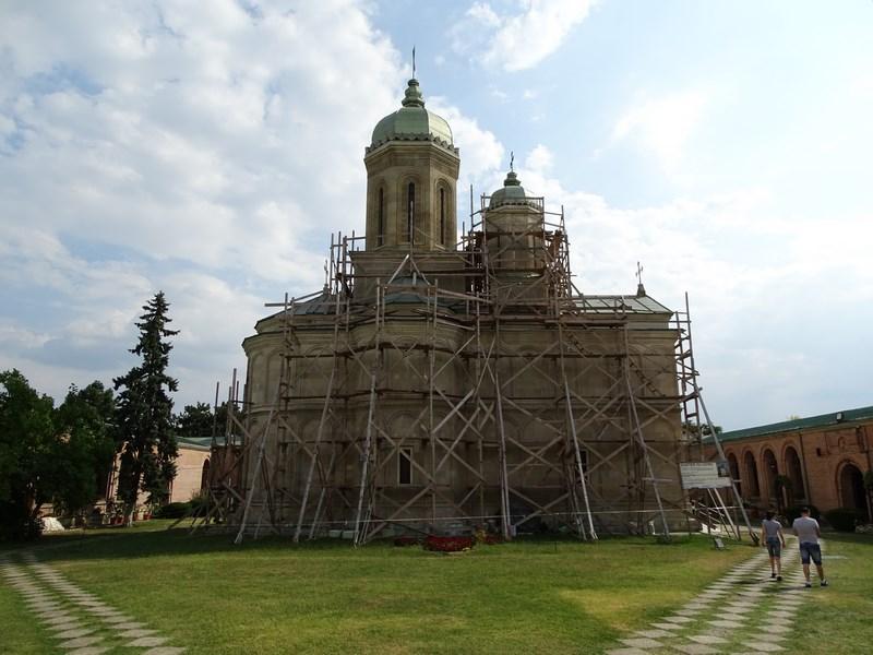 33. Manastirea Dealu Targoviste