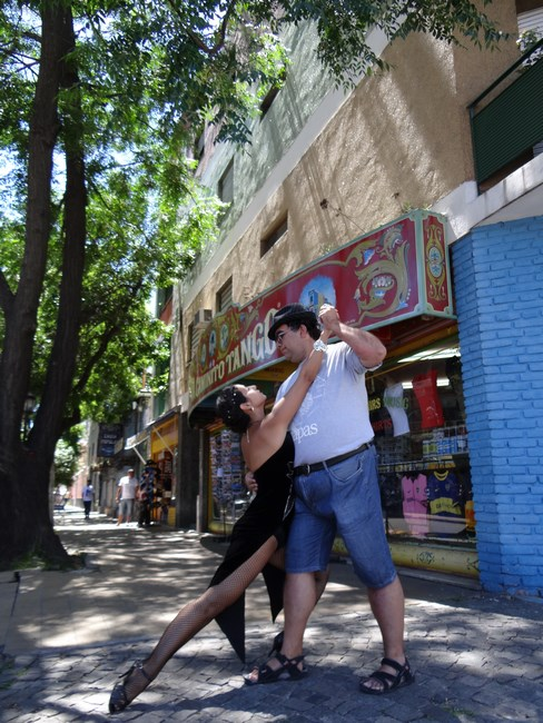 02-tango-in-buenos-aires