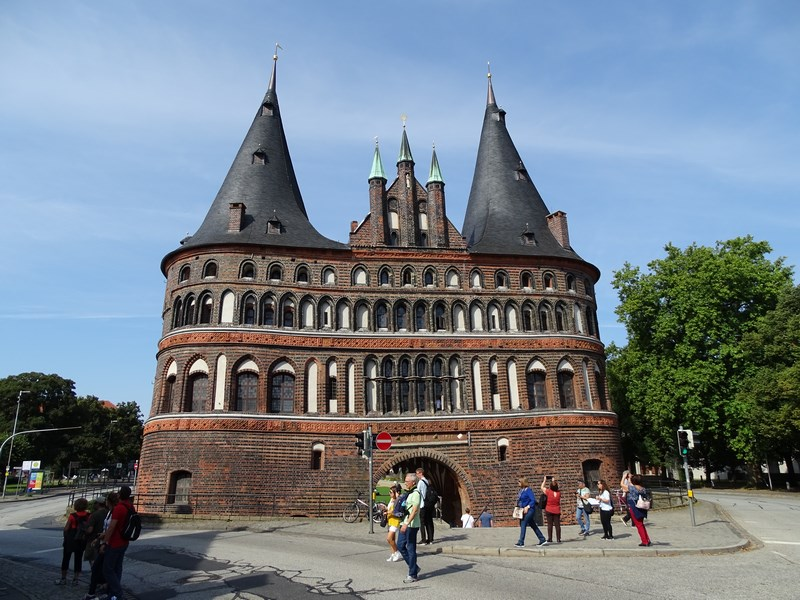 06-holstentor-lubeck